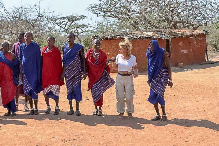 Masai Tanz - Villa-Kuishi - Diani Beach - Kenia - Ihr exklusives Ferienhaus unter der Sonne Ostafrikas